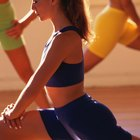 How to Go From a Single Lunge to a Double Lunge in Aerobics