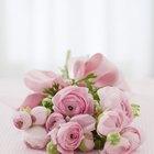 Cómo hacer una pulsera con un ramillete de flores