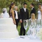 Cómo congelar una torta de bodas en un Tupperware
