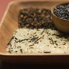 Como preparar flocos de arroz integral em casa