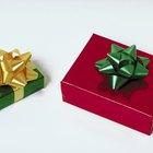 Ideias divertidas para jogos de troca de presentes em feriados santos