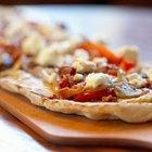 Cómo añadir ajo a la masa de pizza