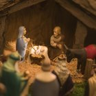 How to make a nativity scene out of a shoe box