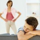 Cómo manejar el rechazo de un niño a un padre durante un divorcio
