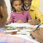 Cómo darle a los abuelos una carta de poder para viajar con un menor