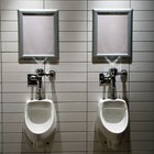 What Are the Dangers of Cleaning Urinals With Bleach?
