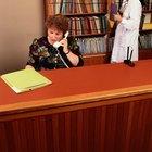 ¿Qué hace un recepcionista de una consulta de ortodoncia dental?