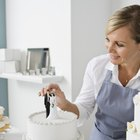 Different Methods of Cake Decorating