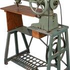 Singer 201K Treadle Sewing Machine Advantages
