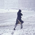 Employee Rights for Not Being Able to Come to Work in Inclement Weather