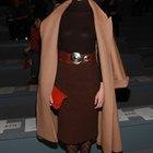 Colores de medias pantys para usar con una falda marrón