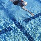 ¿Qué sucede cuando agregas demasiado alguicida en la piscina?