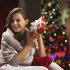Cómo encontrar un buen regalo de navidad para hacerle a mi novia