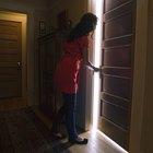 Cómo abrir una puerta interior