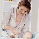 La importancia de bañar a un bebé