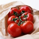 Facts With Carbohydrates and Tomatoes