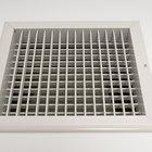 ¿Se pueden cubrir las rejillas de retorno de aire frío de la calefacción?