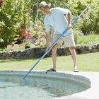 Cómo mantener limpias y claras las piscinas en un patio trasero