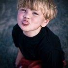Cómo lidiar con un berrinche de un niño malcriado