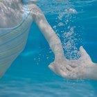 Mantenimiento de la piscina y niveles altos de ácido cianúrico