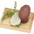 ¿Qué es el moho verde que aparece sobre el salame?