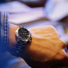 Remover arranhões de pulseira de aço de relógio