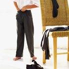 Consejos de moda para camisas adentro o afuera del pantalón