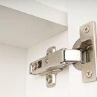 Cómo instalar bisagras para puertas Ikea European Pax