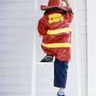 Actividades de juego de representación acerca de los bomberos para niños de preescolar