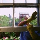 Como limpar os trilhos de janelas de uma casa móvel