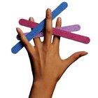 Cómo hacer tus uñas brillantes sin esmalte transparente