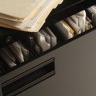 Como digitar etiquetas para pendurar pastas de arquivos