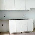 Ideas sobre cómo renovar los gabinetes de la cocina con papel tapiz