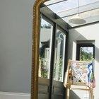 El mejor lugar en el Feng Shui para colocar un espejo en la sala