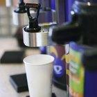 Como fazer café em uma cafeteira industrial
