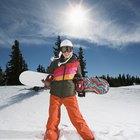 Ropa y moda para mujeres que practican snowboarding (surf de nieve)