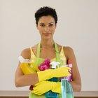 Como elaborar um currículo para disputar uma vaga de empregada doméstica