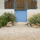 How to build gravel patios and walkways