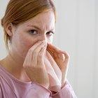 Cómo decirle a alguien que huele muy mal