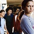 ¿Qué comportamientos están relacionados con la pubertad temprana?