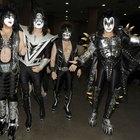 Cómo vestirse como Kiss para Halloween