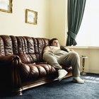 Cómo limpiar y dar brillo a un sofá de cuero