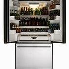 Cómo ajustar las bisagras de la puerta en un refrigerador Frigidaire