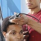 Cómo utilizar los peines de una maquinilla eléctrica de pelo