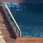 Como limpar água turva de piscina com ácido muriático