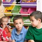 Cómo manejar un salón de clases de niños de dos años de edad