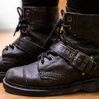 Cómo amoldar un par de zapatos Dr. Martens