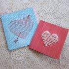 Cartões de coração de lã
