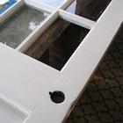 Cómo reemplazar el panel de vidrio de una puerta