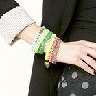 Balangandãs: Como combinar pulseiras